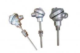 热电阻PT100是医疗、电机、工业、温度计算、阻值计算等高精温度设备应用最广泛的测温元件,种类可以分为:防爆型,耐磨型、压黄型、端面pt100热电阻、